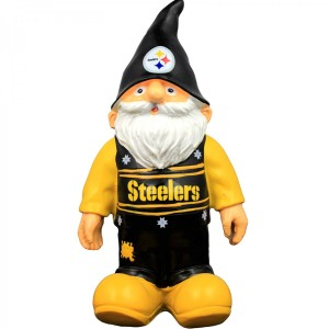 pittsburgh-steelers-sweater-gnome